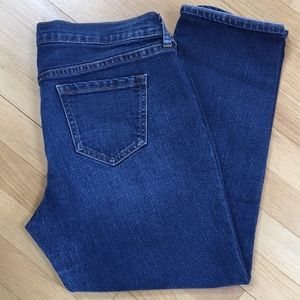 Old Navy cropped boyfriend jeans